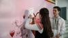 CĂSĂTORIE PENTRU O ZI! Cum a fost sărbătorit Dragobetele într-un liceu din Capitală (GALERIE FOTO)