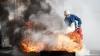 INCENDIU la Bălţi. Un bărbat a ajuns la spital, după ce casa i-a fost cuprinsă de flăcări (VIDEO)