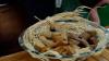 Deliciile unui tânăr din Nisporeni! Produce biscuiţi pe bază de cânepă, cu fructoză sau făină din struguri