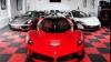 Zeci de mașini de epocă pot fi admirate la Londra, în cadrul unei expoziții. Care sunt preţurile exponatelor