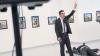 UIMITOR! Ce s-a întâmplat cu fotograful care a surprins poza cu asasinul ambasadorului rus în Turcia