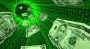 Mai mulţi bani de peste hotare. Moldovenii au transferat peste 93 de milioane de dolari, în februarie