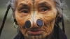 Tribul în care femeilor li se pun dopuri în nas. Motivul acestei practici şocante (FOTO)