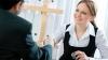 Reguli bune de ştiut! Cum să aveţi succes la un interviu de angajare (VIDEO)