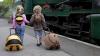 Vei merge în vacanţă împreună cu copii? Nu uita şi cei mici trebui să aibă valiza lor. AFLĂ DE CE (VIDEO)