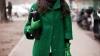 Stiliştii recomandă culori vii! Verdele revine în tendinţe (VIDEO)