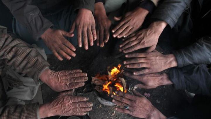Ninsorile abundente din Afganistan și Pakistan au făcut zeci de victime