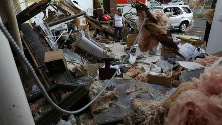SUA: Un mort și mai mulți răniți în urma tornadelor care au măturat zona metropolitană Houston (VIDEO)