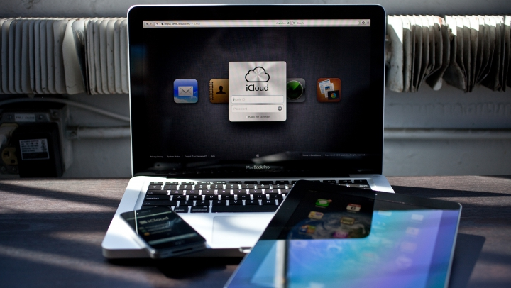 AVERTISMENT! Proprietarii de dispozitive Apple pot fi SPIONAŢI de HACKERI RUŞI