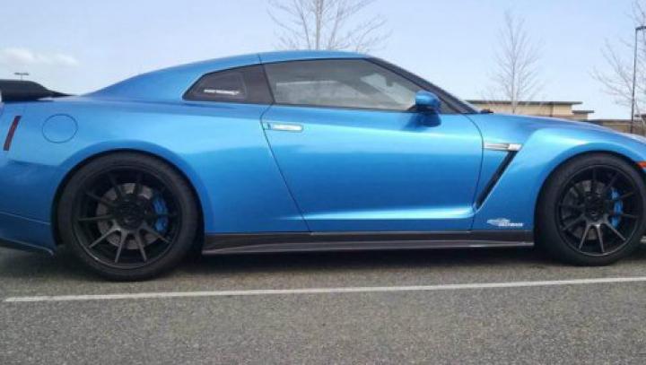 Are o maşină de 1200 CP şi o închiriază cu 765 de dolari pe zi. Cum arată un Nissan GT-R modificat