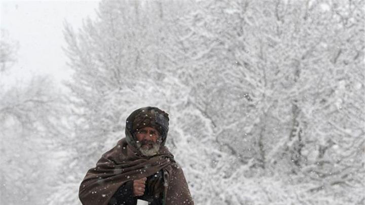 O furtună de zăpadă a ucis 30 de oameni şi peste 20.000 de vite în Afganistan