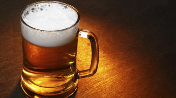 Vrei să prepari berea acasă? Iată aparatul care te poate ajuta (VIDEO)
