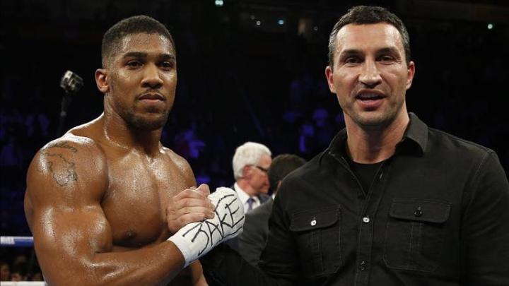 Kliciko şi Joshua aşteaptă cu nerăbdare să se bată în ringul de pe stadionul Wembley din Londra
