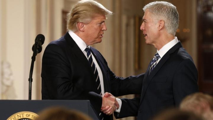 Curtea Supremă a Statelor Unite are un nou judecător. Cine este Neil Gorsuch