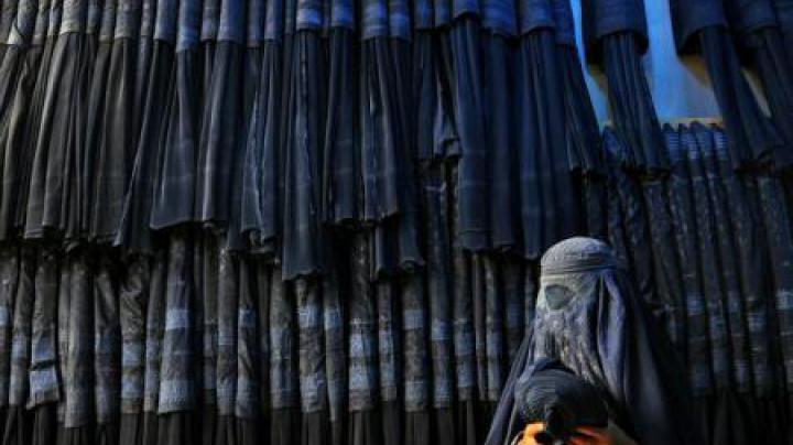 Germania: Guvernul Bavariei a aprobat un proiect de lege privind interzicerea vălului islamic integral