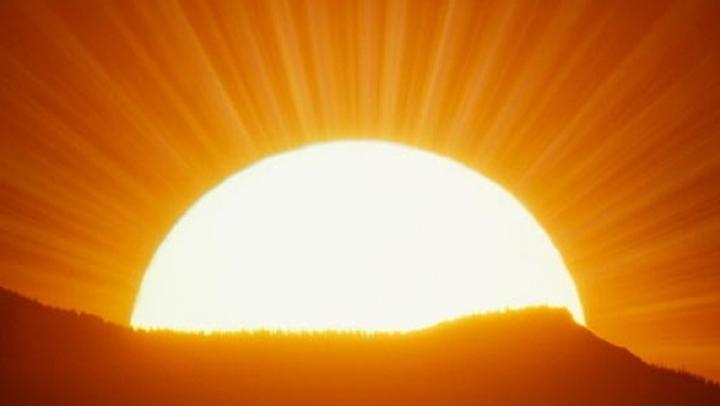 ŞOCANT! O furtună solară se va abate asupra Terrei