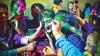 PUBLIKA WORLD: Culori şi bucurie în Pakistan. Mii de oameni au sărbătorit Holi (VIDEO)