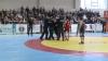 Un arbitru de la Campionatul Naţional de lupte libere şi greco-romane, la un pas să fie bătut de tatăl unui luptător
