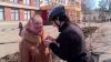 Bucurie în ajun de 8 martie! Zeci de biciclişti au împărţit mărţişoare din ciocolată femeilor din Capitală