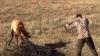 A dus arma la ochi și a tras. Ce a urmat după ce a apăsat pe trăgaci este impresionant (VIDEO)