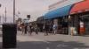 EXPERIMENT: Ce reacţie au oamenii atunci când o femeie este lovită peste posterior pe stradă de un necunoscut