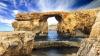 Unul dintre cele mai cunoscute obiective turistice din Europa s-a prăbuşit în mare (VIDEO)