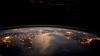 """Acţiunea GLOBALĂ """"Ora Planetei"""". DE CE toţi oamenii sunt îndemnaţi să rămână ÎN ÎNTUNERIC o oră"""