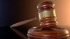 Un inspector de poliţie a fugit din sala de judecată după ce a fost condamnat. ESTE CĂUTAT DE POLIŢIE