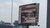 Un ecran publicitar din Ciudad de Mexico a difuzat un film pentru adulţi în plină zi. Cum a fost posibil