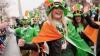 Terra, colorată în verde de Sfântul Patrick. La Dublin oamenii au organizat parade fastuoase