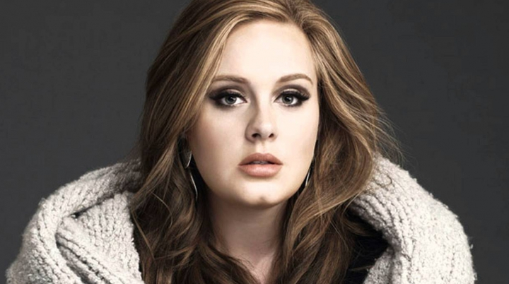 DEZVĂLUIRI în timpul unui concert: Adele a spus că s-a căsătorit