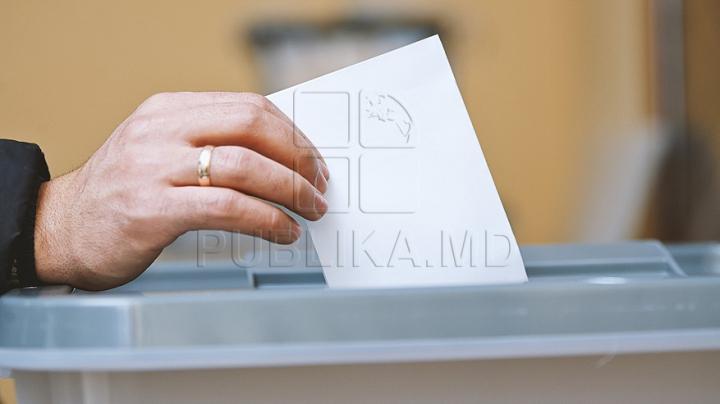 Votul uninominal, promovat de partide. Formaţiunile politice care au uitat că au susţinut iniţiativa