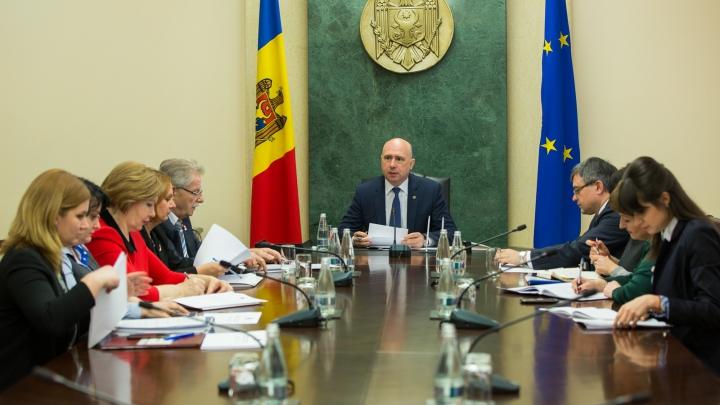 Premierul a cerut mobilizare maximă în implementarea reformei sistemului de pensii