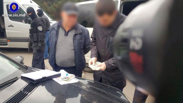 Un fost angajat al MAI riscă ani grei de închisoare după ce a încercat să corupă o persoană publică (FOTO/VIDEO)