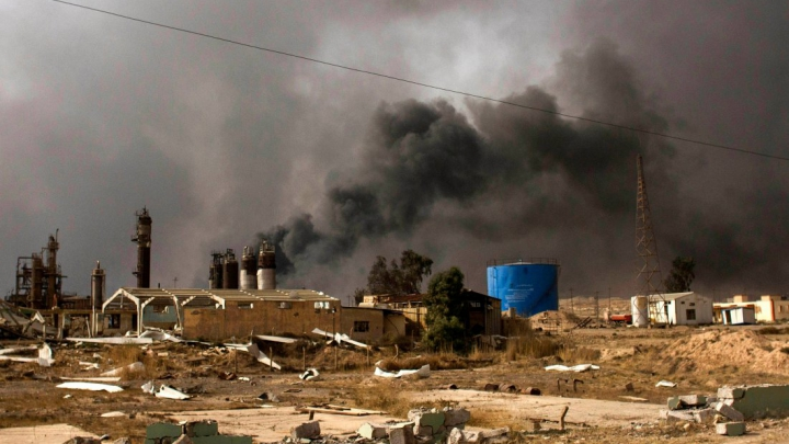 Irak: Aproximativ 3.000 de CORPURI NEÎNSUFLEȚITE se află sub dărâmăturile clădirilor distruse