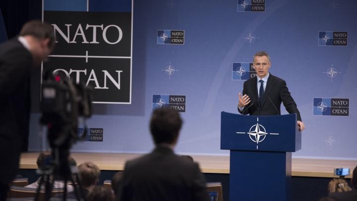 Jens Stoltenberg: NATO rămâne angajată să sprijine reformele din Ucraina