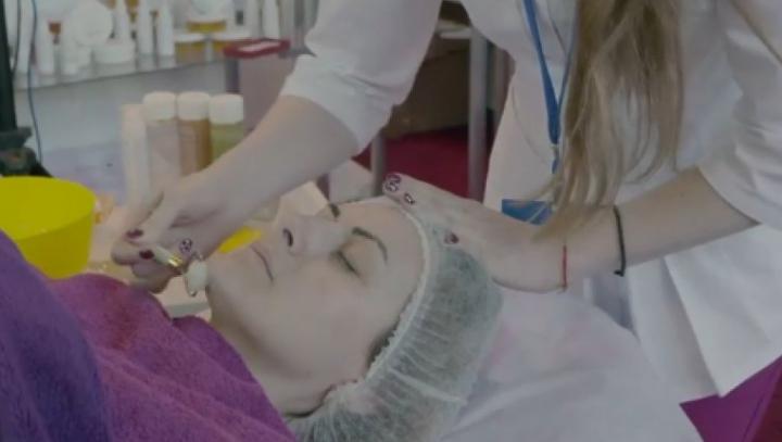 Terapie cu piatră de jad. Are EFECTE MIRACULOASE asupra organismului (VIDEO)