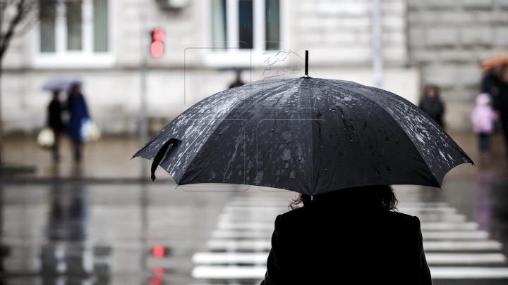 Ploi de scurtă durată cu descărcări electrice. Câte grade vor indica termometrele