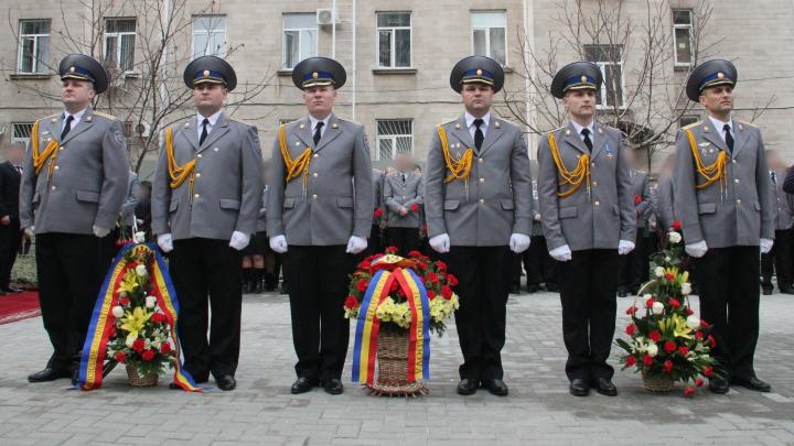 SIS a inaugurat un monument în memoria eroilor căzuţi în războiul de la Nistru (FOTO/VIDEO)