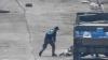 Un irakian, împușcat mortal de un lunetist ISIS pentru că a primit apă de la trupele guvernamentale