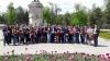 Tinerii democraţi au împărtit mii de steguleţe de Ziua Drapelului şi a Stemei de Stat