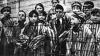 """În memoria victimelor Holocaustului. Zeci de persoane, printre care şi oficialităţi, au participat la un """"miting-recviem"""""""