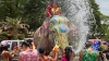 PUBLIKA WORLD: Elefanţi coloraţi şi multă veselie în Thailanda (VIDEO)