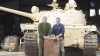 A cumpărat un tanc de pe eBay, dar când l-a primit a avut parte de SURPRIZA vieţii. CE ERA ÎN EL