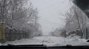 Iarna A PUS STĂPÂNIRE! Trafic îngreunat pe drumurile din ţară (FOTO/VIDEO)