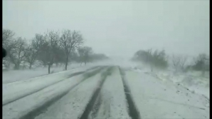 PRĂPĂD pe şoselele naţionale: E iarnă în toată regula! Cum se circulă pe drumul Chişinău-Hânceşti (VIDEO)