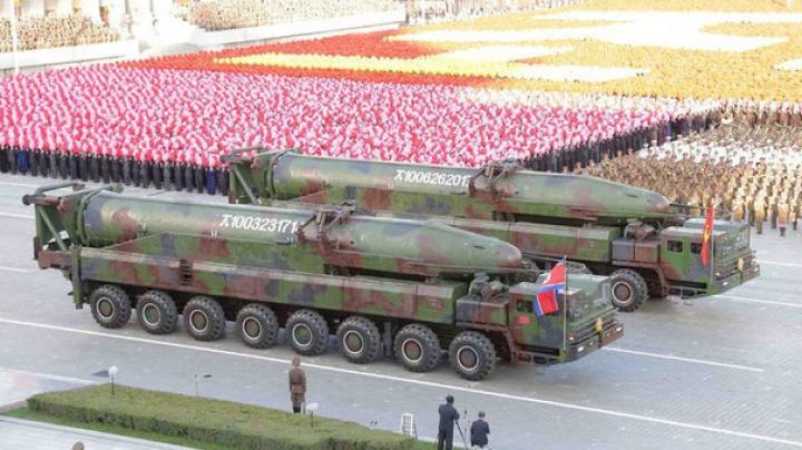 Ministrul chinez de Externe afirmă că situaţia din Coreea nu poate fi soluţionată cu forţa militară