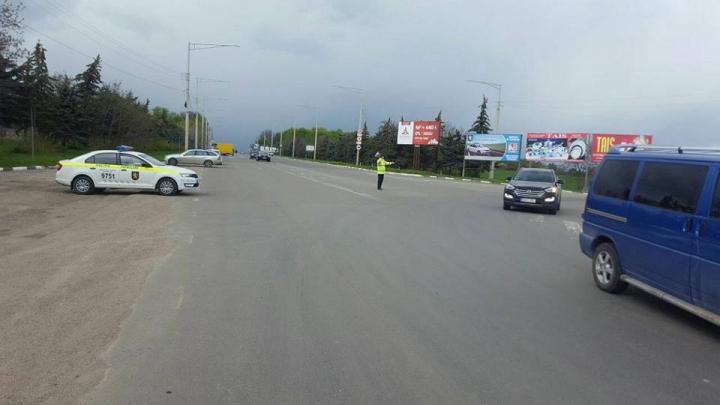 Creşte traficul spre Chişinău. Oamenii se întorc în oraşe de la sate sau de unde au petrecut Paştele Blajinilor (FOTO)