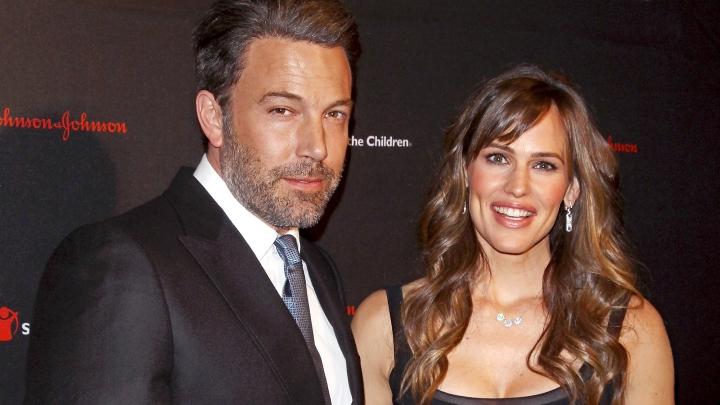 Un celebru cuplu de la Hollywood divorţează oficial