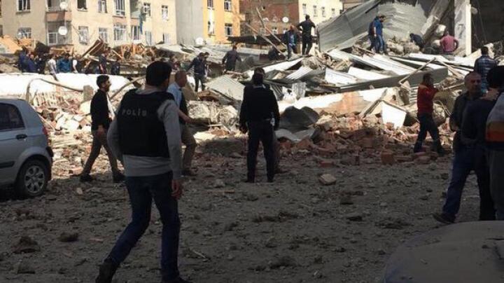 Mai multe persoane, rănite în urma unei explozii în oraşul turc Diyarbakir (FOTO)